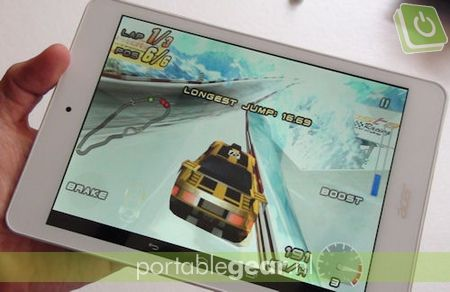 Acer Iconia A1-830:1,6GHz dual-core Intel Atom Z2560-chipset