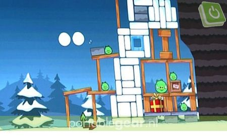 Angry Birds Christmas Edition screenshot