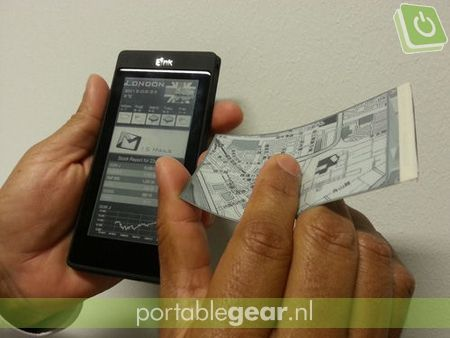 Smartphone met E-Ink-display (via Stuff.tv)