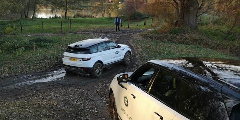 Land Rover Experience - In de modder